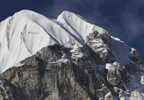 lobuche-east-peak