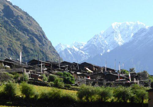 Tsum-valley-trek